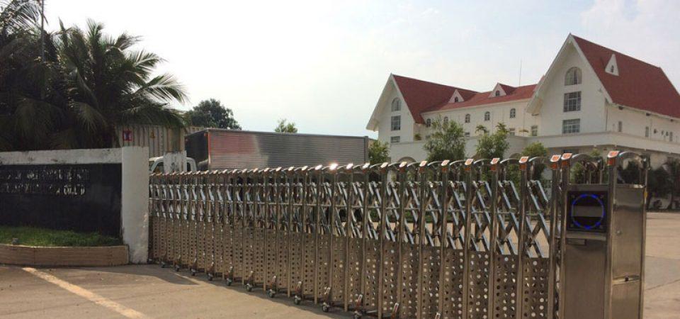 Lắp đặt motor cửa cổng xếp 1 đường ray ở Nhơn Trạch – Đồng Nai
